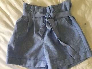 Dotti tie up shorts