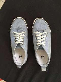 H&M canvass shoes