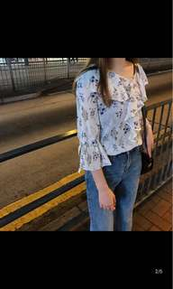 [P.O] Floral Blouse Top