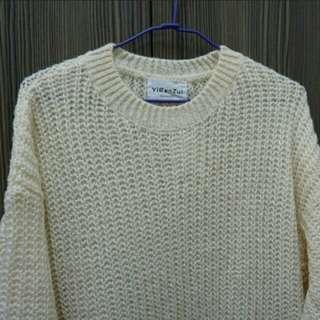 素米色毛衣洋裝
