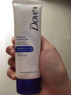 Facial wash Dove