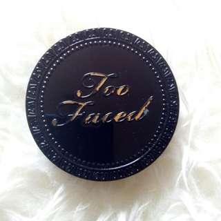 Too Faced Cocoa Compact Powder