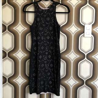 H&M Black Sleeveless Lace Dress