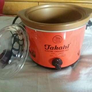 TAKAHI Slow Cooker 0.7L