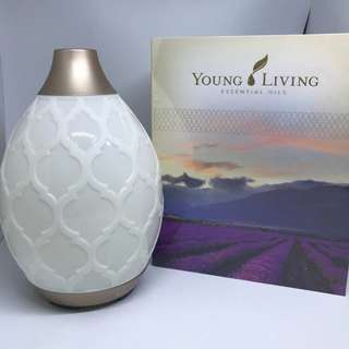 Young Living Premium starter kit with desert mist Diffuser +FREE Clary sage 15ml