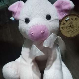 Pig stuff toy
