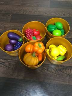 Pre-loved Learning Resources Farmers Market Color Sorting Set