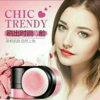 blush on trendi