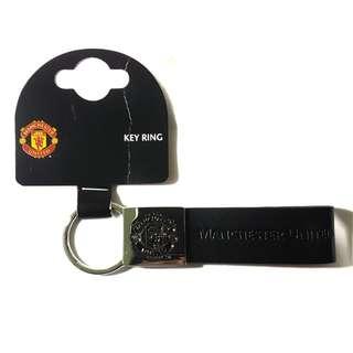 Manchester united official marchandise leather strap key ring black gantungan kunci