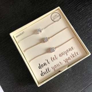 LOVISA bracelets