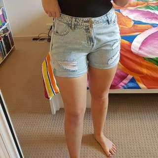 Glassing denim shorts