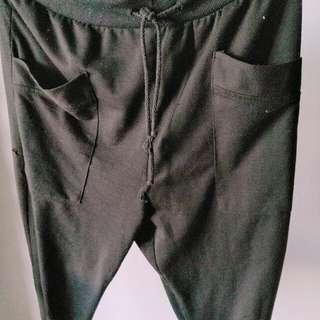 寬鬆縮口褲