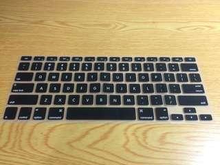 Mac 15吋 鍵盤膜+接孔防塵蓋(新)