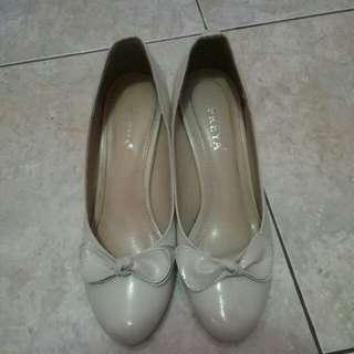 High heels broken white