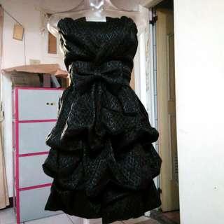 ※全新※黑色蝴蝶結皺褶露肩洋裝