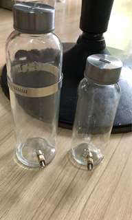 Refillable 300 ml glass bottle with needle tip for wire cages