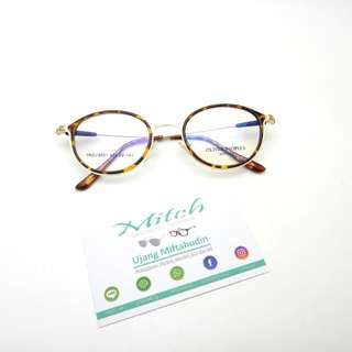 #Diskonnih Kacamata Oliver