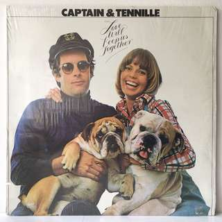 Captain & Tennille – Love Will Keep Us Together (1974 USA Original - Vinyl is Mint)