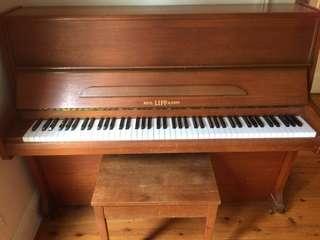 Rich. Lipp&Son piano