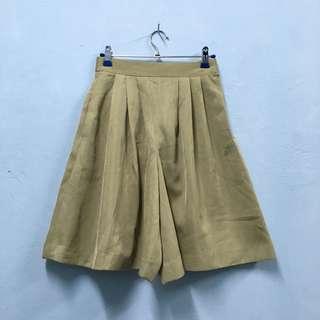 (P018) Culottes