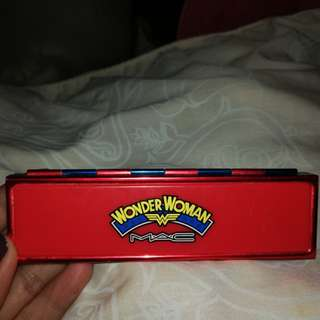 M.A.C. Wonder Woman Defiance Eyeshadow Quad