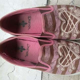 pink draven shoes