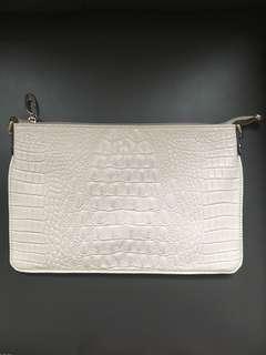 Clutch hand bag