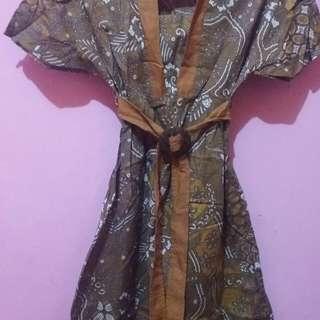 Dress batik sampai lutut