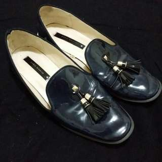 ZARA Tasselled Loafers (38)
