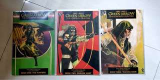 Green Arrow Longbow Hunters comics set
