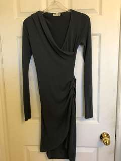 Aritzia Wilfred grey dress