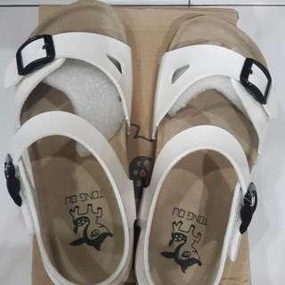 Comfortable shoe (white)