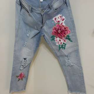 立體玫瑰花牛仔九分褲