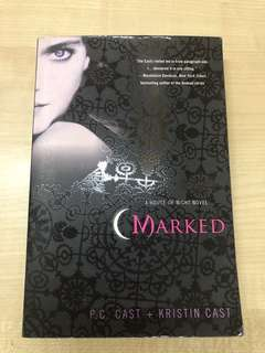 Marked (A House of Night Novel)