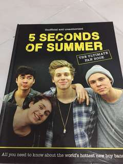 5SOS The Ultimate Fan book