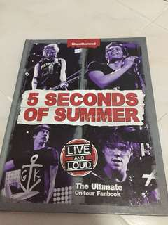 5SOS The Ultimate On -tour Fanbook (from japan)