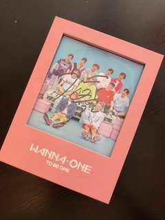 [WTT] Jihoon MWAVE Signed Cover (Pink ver.)