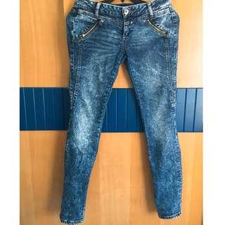 中大尺碼 牛仔褲 顯瘦設計 二手