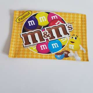 M&M envelope pouch