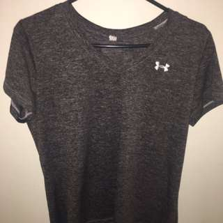 Heather gray Under Armour deep v-neck T-shirt