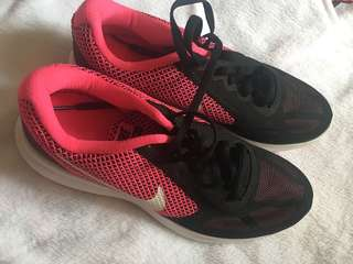 Nike Rubber Shoes AUTHENTIC