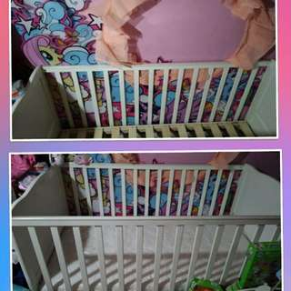 Dwelling Baby Crib / Toddler Bed
