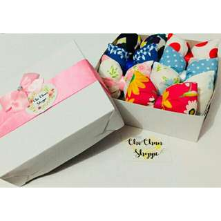 Pillow bow clip gift set