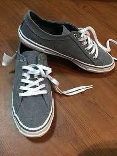 Authentic Nautica Sneakers (gray)