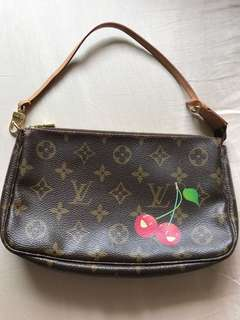 Louis Vuitton Cerisis Cherry edition pochette