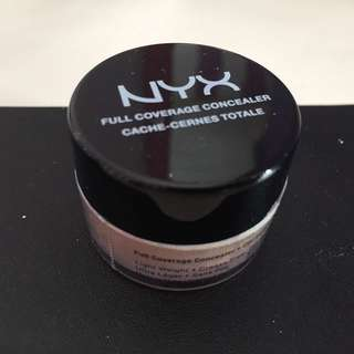 NYX Full Coverage Concealer Corrector