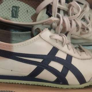 Onitsuka tiger men's from Singapore selling low used twice