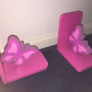 2x pink butterfly bookends