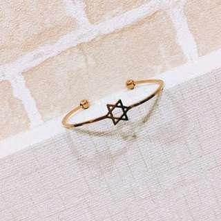 🚚 韓國🇰🇷六芒星手環飾品-金色