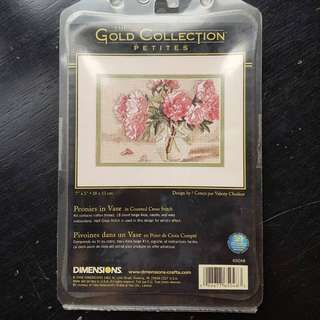 New Dimensions Gold Collection Petites Cross Stitch Kit - Peonies in Vase